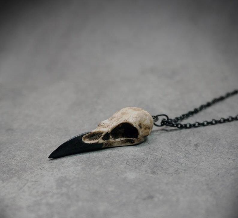 "Mini Raven Skull Necklace Resin Replica Raven Magpie Crow Poe Steampunk Gift Idea Zombie Gift,1.5"""